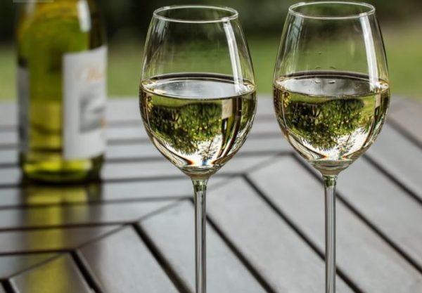 Verres de vin blanc